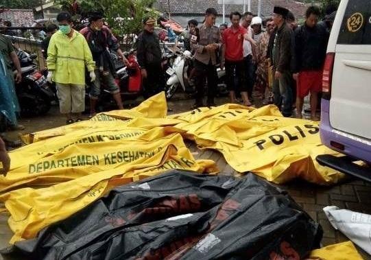 شمار قربانیان سونامی اندونزی به 281 نفر رسید