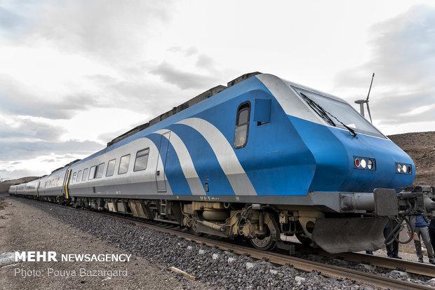 شمارش معکوس برای بهره برداری از راه آهن قزوین - رشت