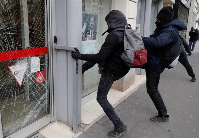 پلیس فرانسه مانع از تظاهرات جلیقه زردها شد