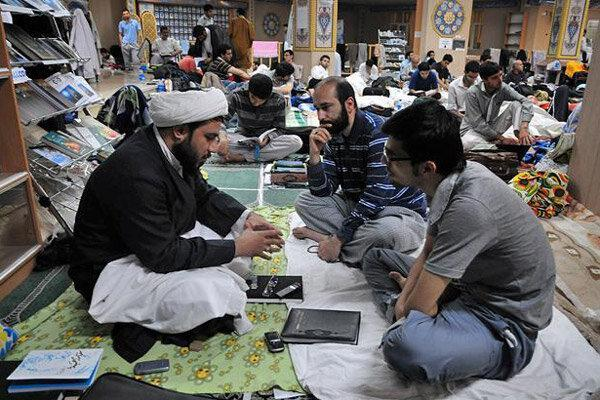 مراسم اعتکاف در 50 مسجد استان قزوین شروع شد
