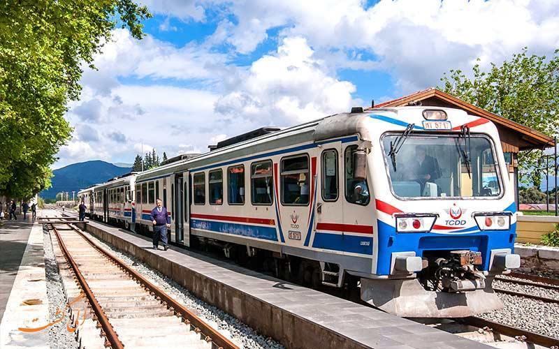 سفر به ترکیه با قطار تهران &ndash استانبول، آنچه مسافران نمی دانند!
