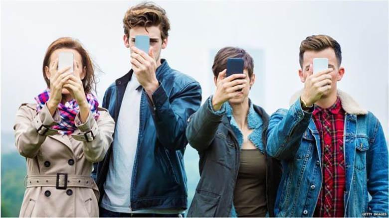 یک چهارم جوانان انگلیس، نشانه های اعتیاد به گوشی موبایل را دارند