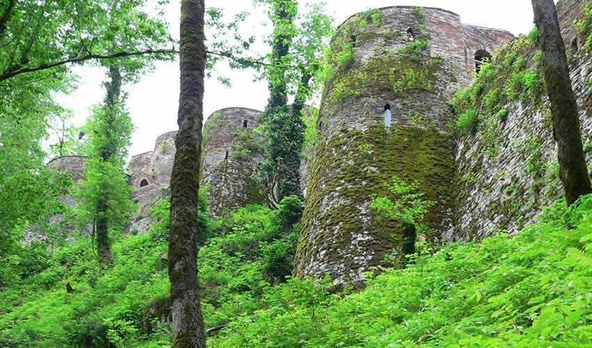 قلعه رودخان در قاب ویدیو
