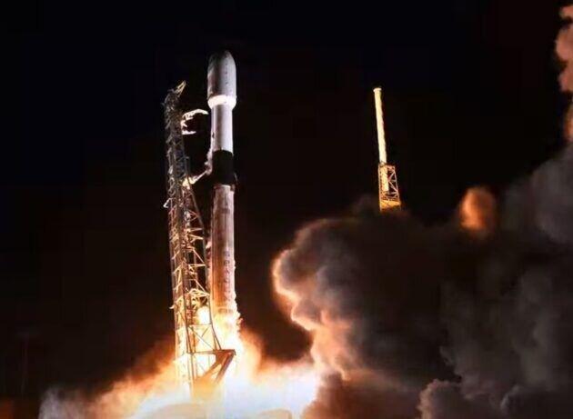 اسپیس ایکس سومین مجموعه ماهواره های اینترنت پهن باند را به فضا فرستاد