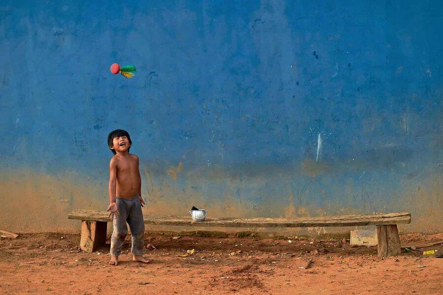 عکس روز، بازی پتکا