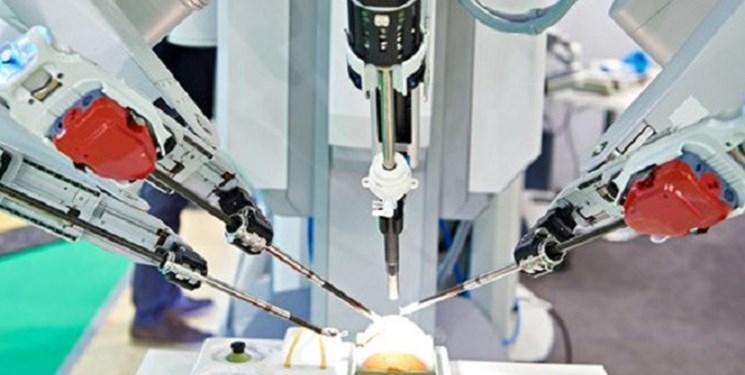 ربات ها به کمک کادر درمانی کرونا در چین رفته اند