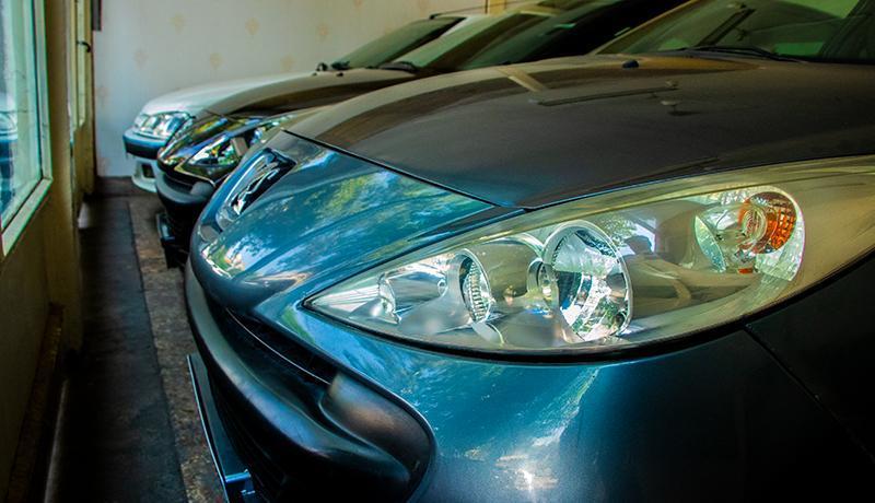 قیمت خودرو در ماه رمضان ارزان می شود ، فروش خودروهای ویرایشی به متقاضیان