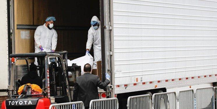 کامیون با قالب یخ محل نگهداری اجساد نیویورکی ها!