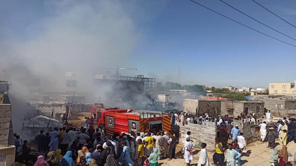 اطفای 2 حریق در راستای تعامل شهر و بندر چابهار، 14 هزار لیتر آب برای مهار آتش استفاده شد