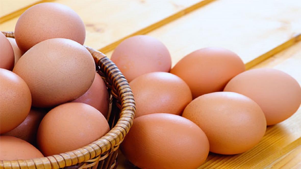 نرخ مصوب تخم مرغ پوسته قهوه ای در میادین میوه و تره بار