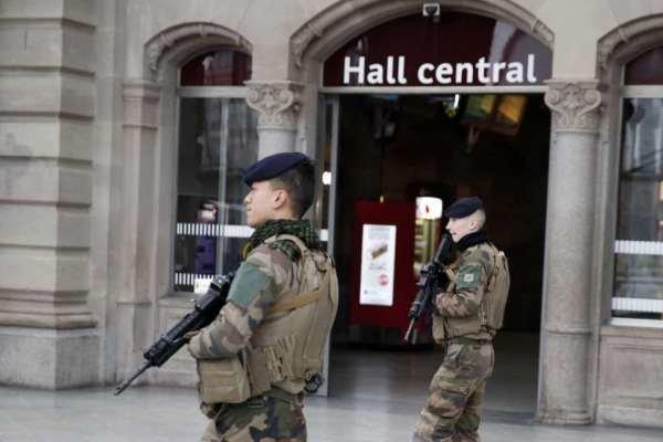 تیراندازی در آوینیون فرانسه، یک نفر کشته شد
