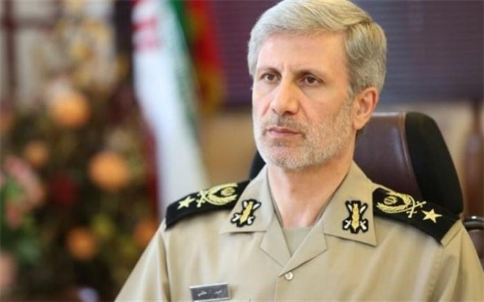 وزیر دفاع: نیروهای مسلح خار چشم دشمنان هستند