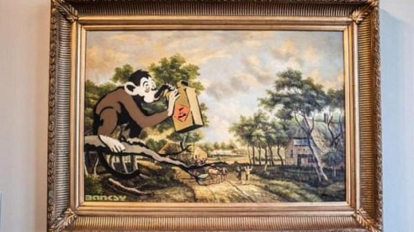 نقاشی بنکسی ناجی یک موزه