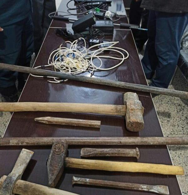 دستگیری یک باند حفاری غیرمجاز در شهرستان بهمئی