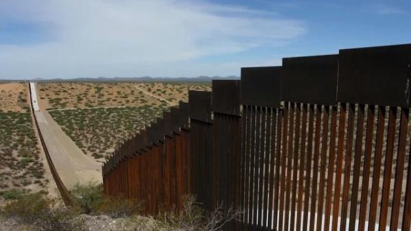 خبرنگاران آمریکا ساخت دیوار مکزیک با بودجه نظامی را متوقف کرد