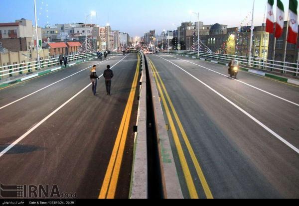 خبرنگاران رمپ چهارم پل بزرگ جمهوری قم افتتاح شد