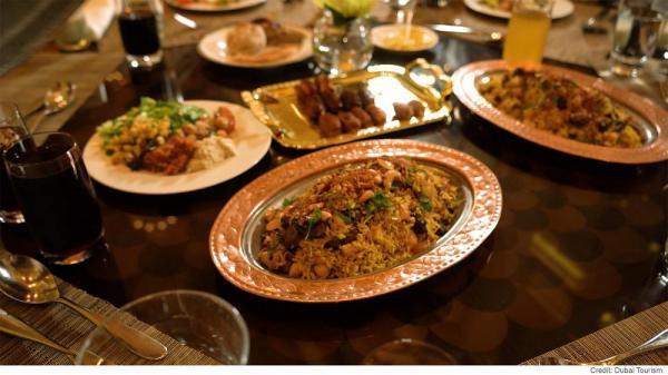 افطاری با دستپخت نخستین سرآشپز مرد اهل امارات