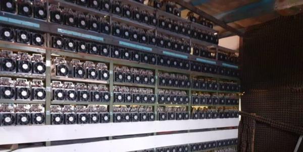 کشف 2500 دستگاه ماینر به وسیله سپاه